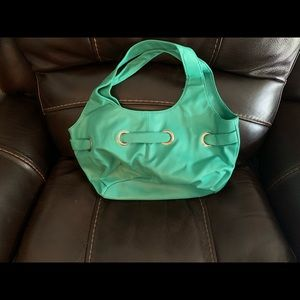 NWOT Green button closed purse